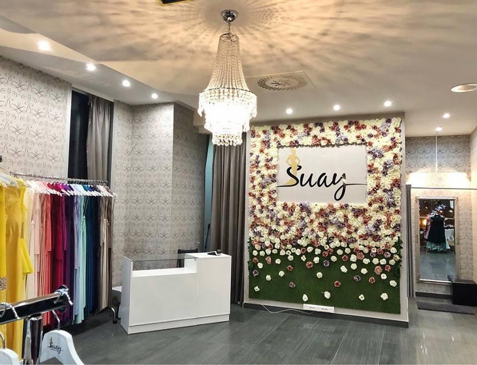 415ea365f2 Potrebujete poradiť s výberom vhodných spoločenských šiat a doplnkov   Novootvorená predajňa spoločenských šiat Suay Banská Bystrica je tu pre Vás.